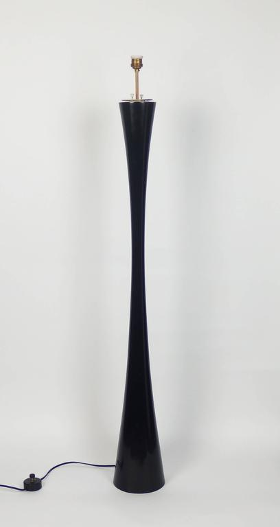 Mid-Century Modern J1 Floor Lamp by Joseph-André Motte For Sale