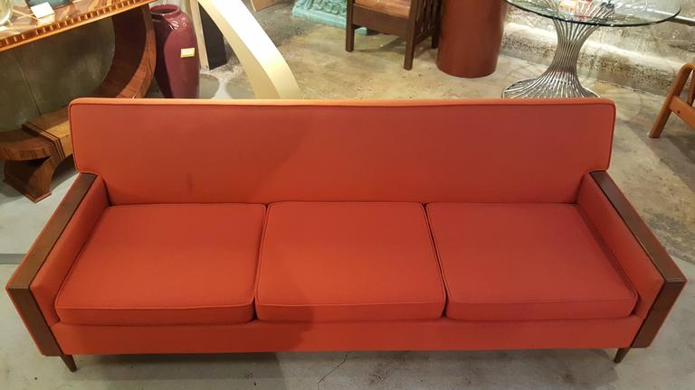 1960's Sofa Style of Paul McCobb 3