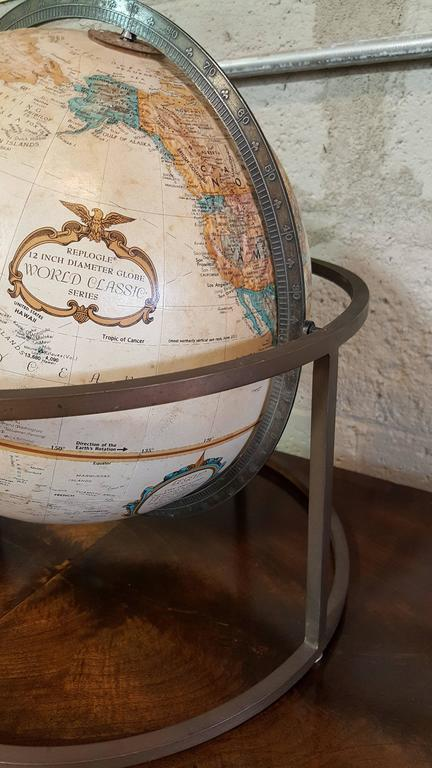 American Desk Top Globe in the Style of Paul McCobb For Sale