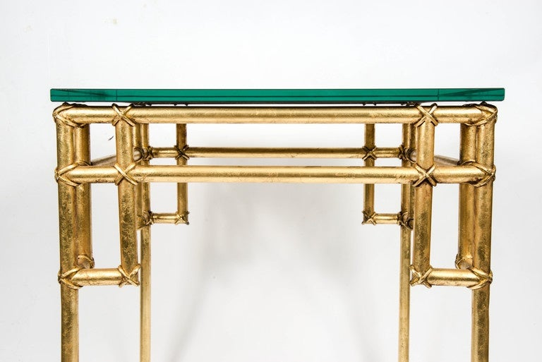 Late 20th Century Pair of Side Tables in the Style of Baguès For Sale