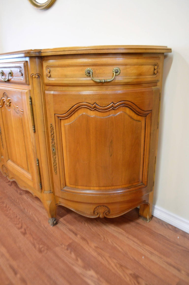 louis xv style solid cherrywood sideboard buffet hand carved and storage for sale at 1stdibs. Black Bedroom Furniture Sets. Home Design Ideas