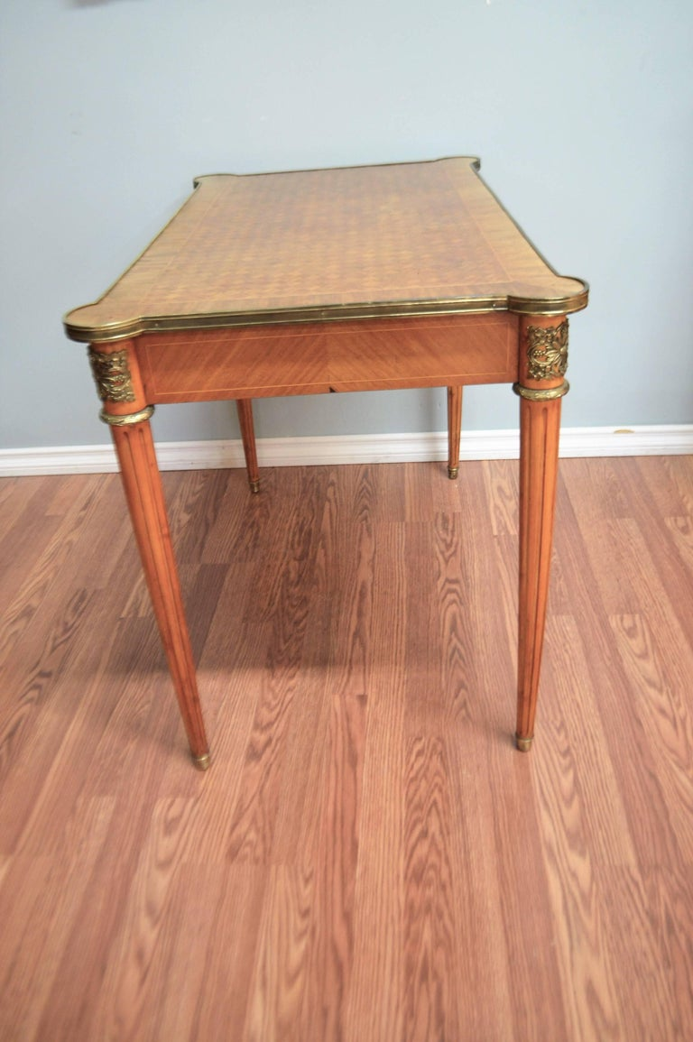 Louis XVI Style Writing Table with Diamond In-Lay Top, Bronze Ornaments, Drawer In Excellent Condition For Sale In Toronto, ON