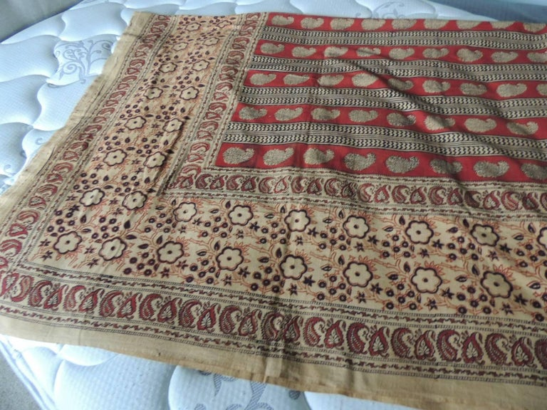 Hand-Crafted Vintage Hand-Blocked Red and Brown