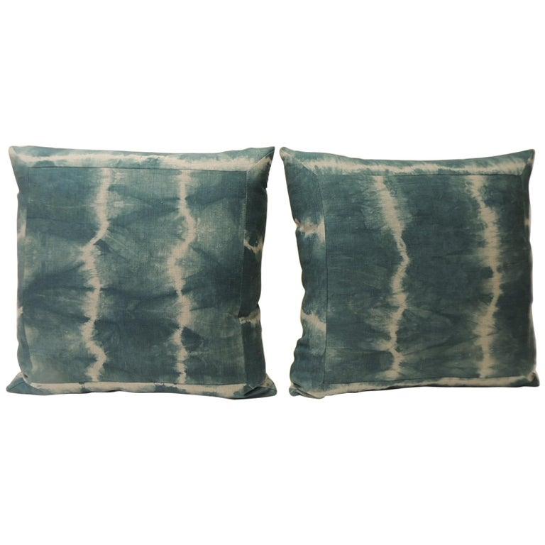 Pair of Vintage Green Shibori Square Throw Pillows For Sale