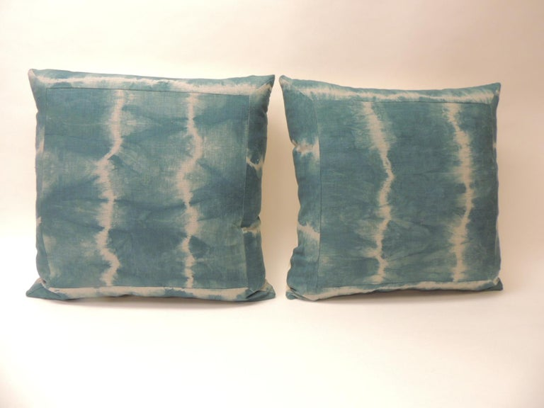 Pair of vintage green Shibori square throw pillows Asian square decorative pillows handcrafted with a Shibori linen vintage artisanal textile pattern framed with same textile, homespun antique natural linen backings. Throw pillows handcrafted with