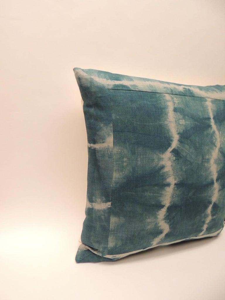 Japonisme Pair of Vintage Green Shibori Square Throw Pillows For Sale