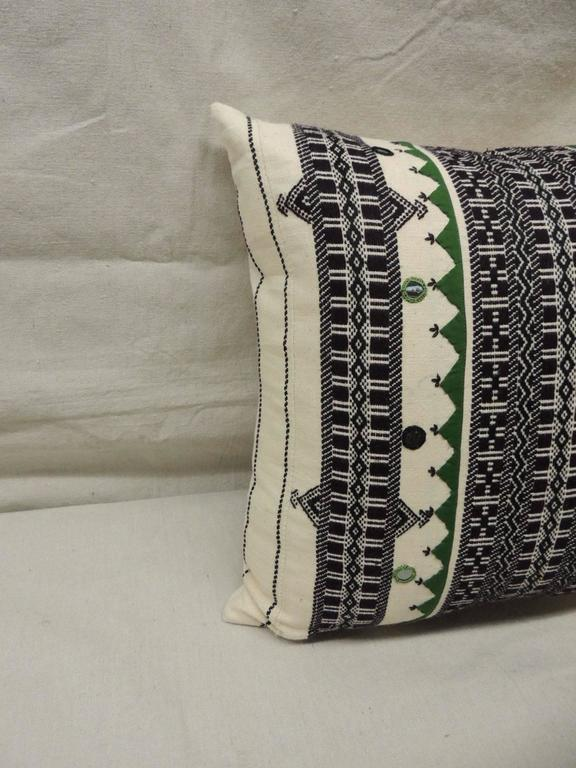 Pair of Green and Black Embroidery Decorative Pillows For Sale at 1stdibs