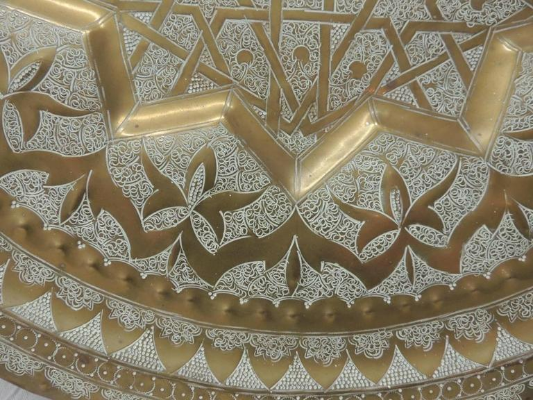 Hand-Crafted Large Round Hand-Hammered Moroccan Tray Coffee Table For Sale