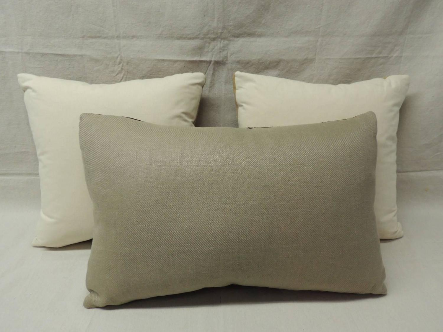 Tan and Brown Weave Textured Decorative Pillows For Sale at 1stdibs
