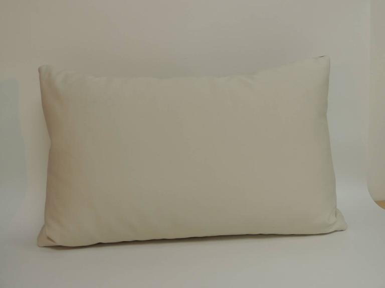 Modern Graphic Pillow : Pair of Mid-Century Modern Graphic Lumbar Decorative Pillows at 1stdibs