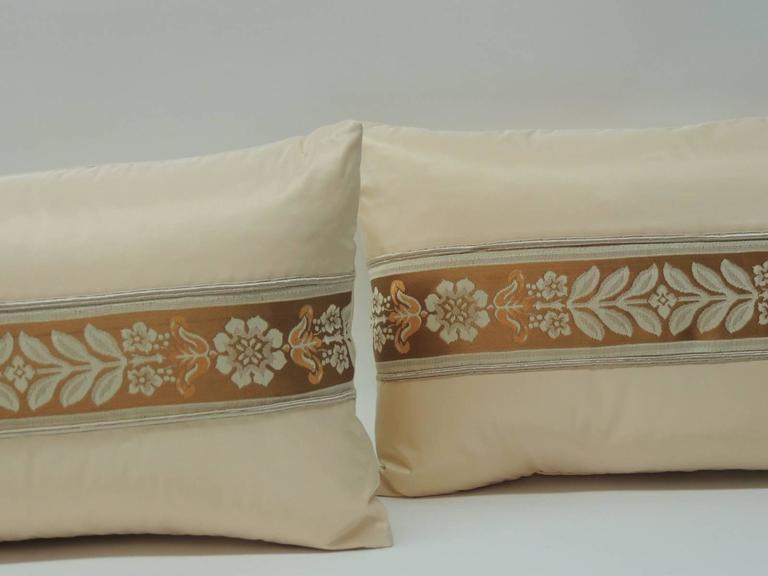 Hollywood Regency Pair of 19th Century French Peach Silk Ribbon Lumbar Decorative Pillows For Sale