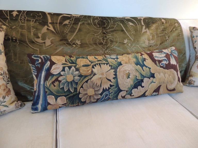 Velvet 19th century silk velvet Gaufrage green throw For Sale