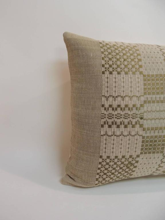 Antique Textiles Galleries: Antique coverlet Americana woven decorative pillow. Accent pillow handcrafted with a woven antique coverlet Americana panel. Throw pillow finished with natural homespun linen backing. A coverlet Americana is a primitive