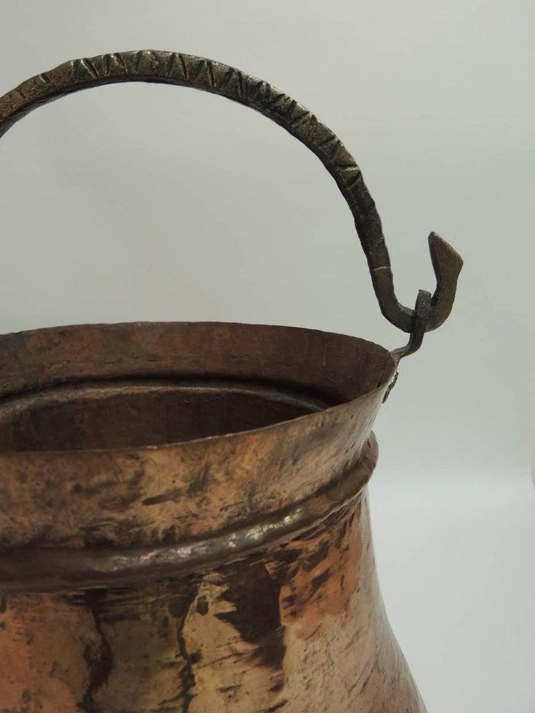 Hand-Crafted Vintage Set of Indian Polished Copper Decorative Vessels For Sale