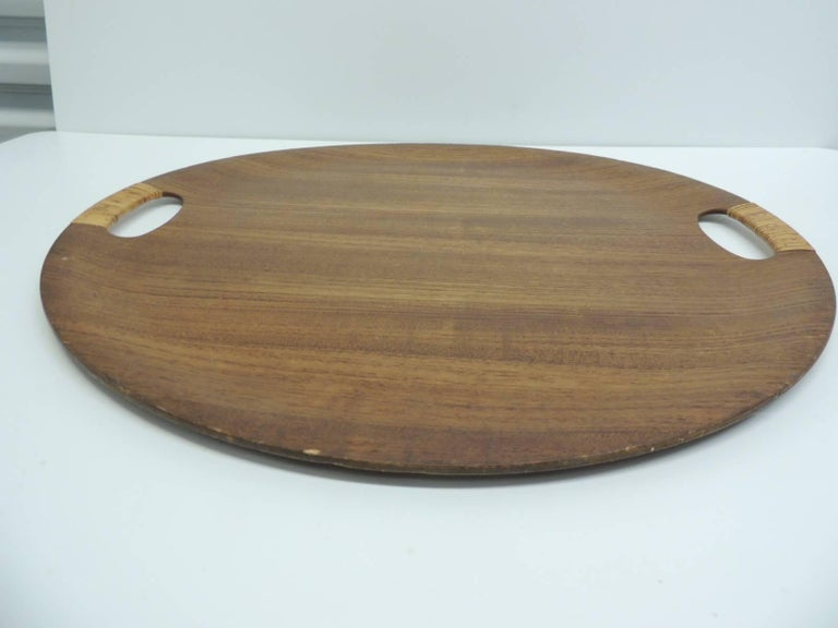 Scandinavian Modern Vintage Rattan and Wood Round Danish Serving Tray with Rattan Handles For Sale
