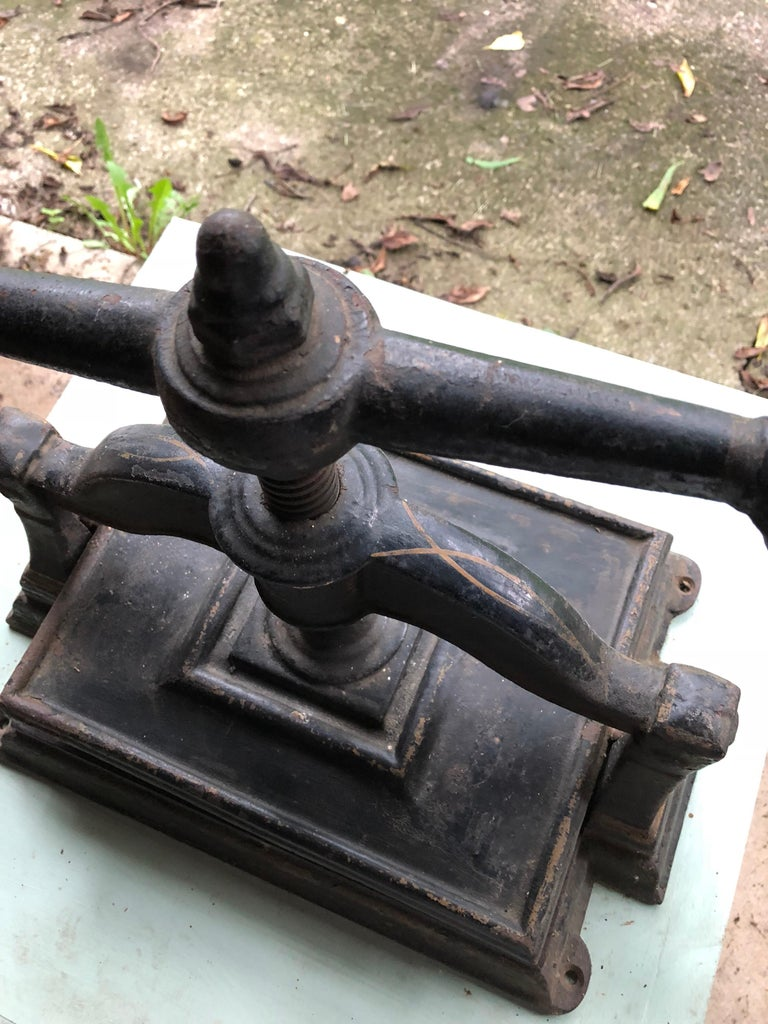 Black Cast Iron Book Press, circa 1900 In Excellent Condition For Sale In Hudson, NY
