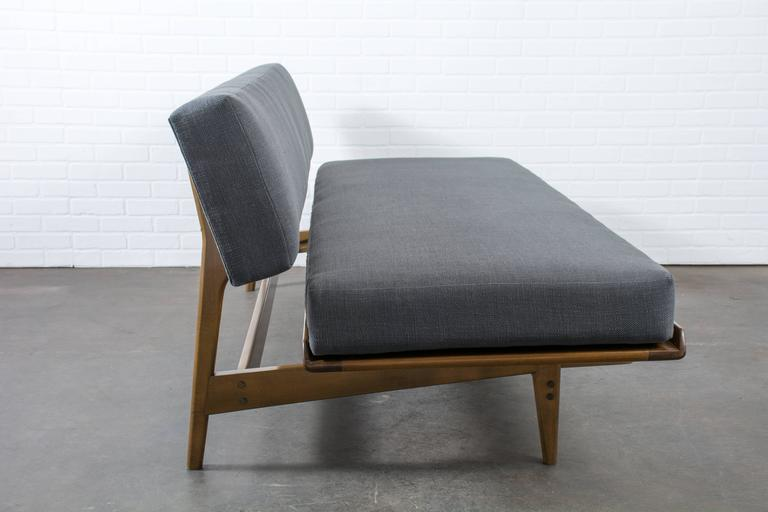 Scandinavian Modern Vintage Mid-Century Daybed by Karl-Erik Ekselius for Dux For Sale