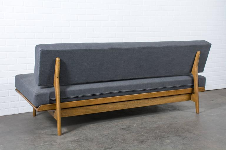 Vintage Mid-Century Daybed by Karl-Erik Ekselius for Dux In Good Condition For Sale In San Francisco, CA