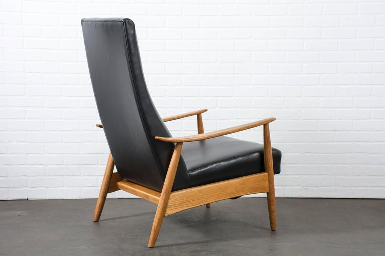 Vintage Mid Century Leather Recliner By Milo Baughman At