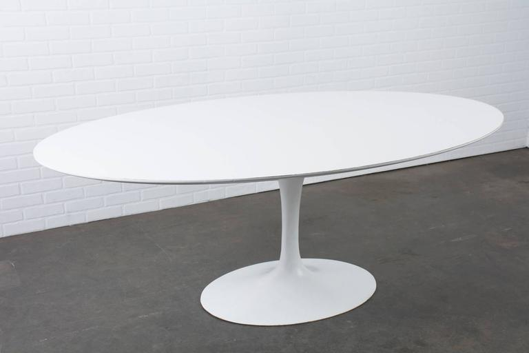 Awesome Vintage Oval Tulip Table By Eero Saarinen For Knoll 2