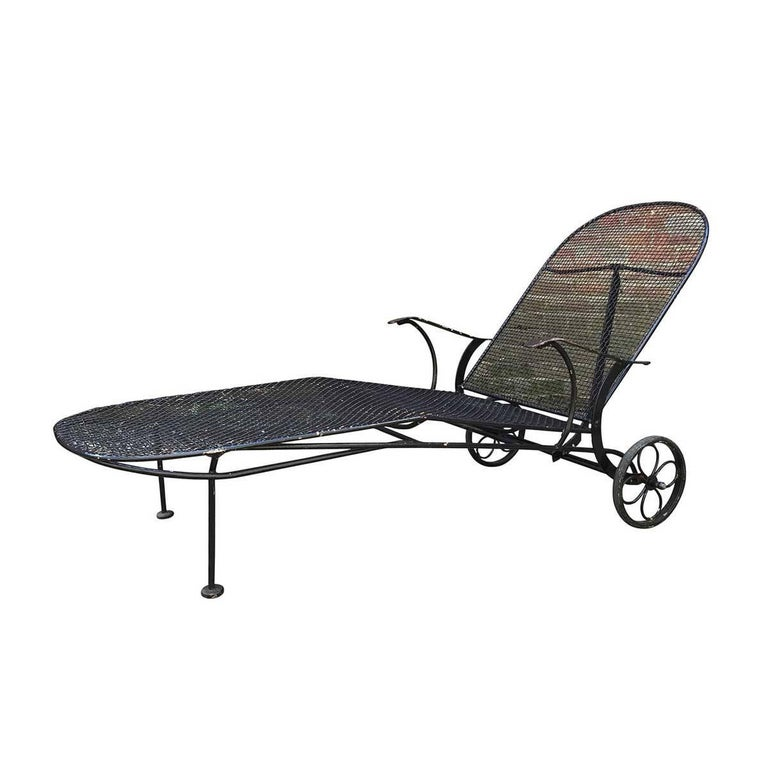 Mid Century Woodard Sculptura Mesh Outdoor Patio Chaise Lounge