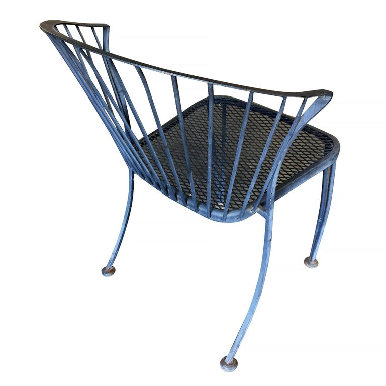 Woodard Pinecrest Iron Patio/Outdoor Lounge Chair, Set of Four **Saturday Sale** In Excellent Condition For Sale In Van Nuys, CA