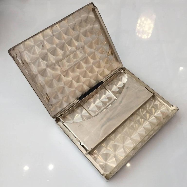 Streamlined Sterling Silver Cigarette Case with Dispenser For Sale 1