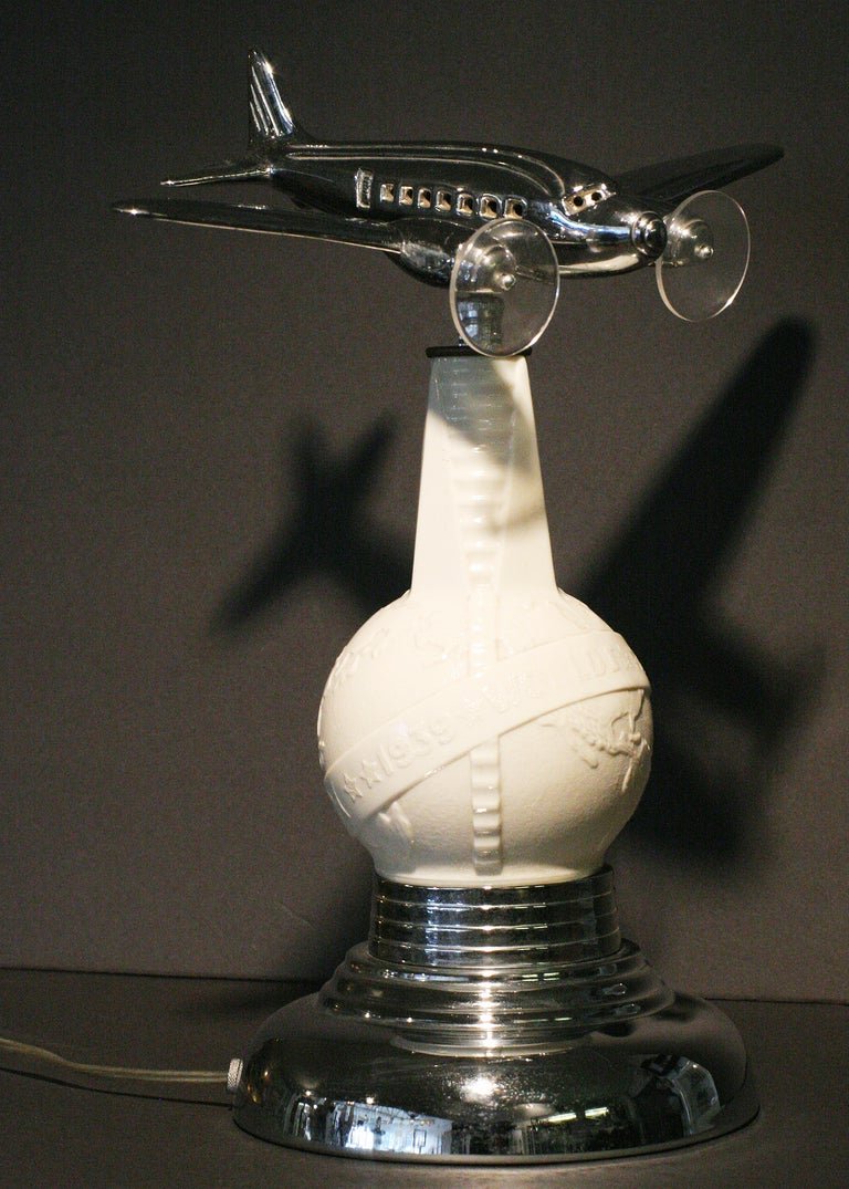 1939 World's Fair Lightup Bottle Airplane Lamp In Good Condition For Sale In Van Nuys, CA