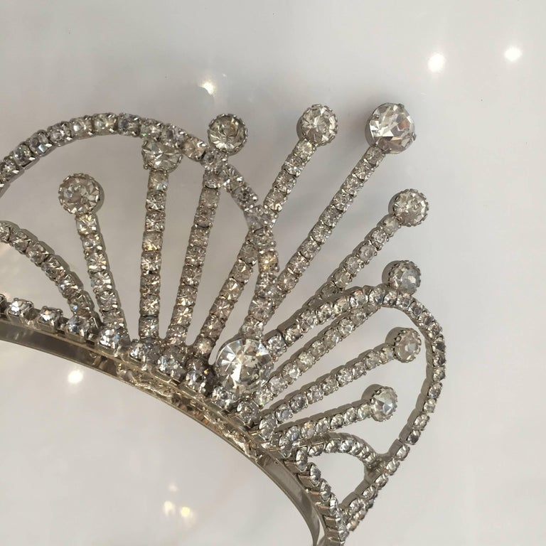 Rhinestone Tiara Wedding Crown, circa 1950 In Excellent Condition For Sale In Van Nuys, CA