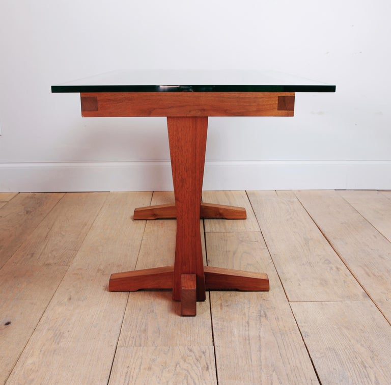 American Studio Craft Nakashima Style Writing Table In Excellent Condition For Sale In New York, NY