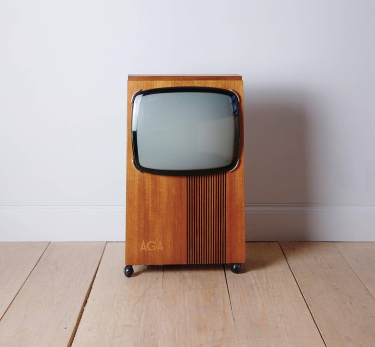 This is one of the most beautiful televisions we have ever seen. The streamlined cabinet was possibly designed by  Bengt-Johan Gullberg, who had been commissioned by Aga in the 1960s to create uniquely modern furniture to house their ground breaking