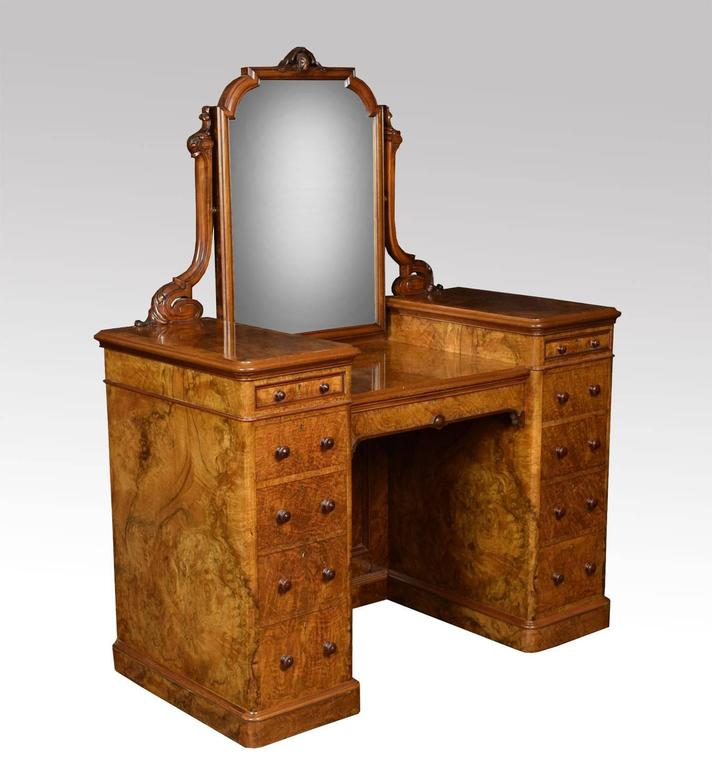 19th century burr walnut dressing table at 1stdibs for Walnut dressing table
