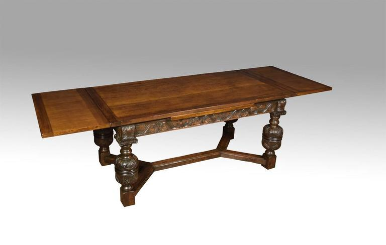 Superieur An Impressive Elizabethan Style Oak Draw Leaf Table Of Generous  Proportions. The Thick Plank