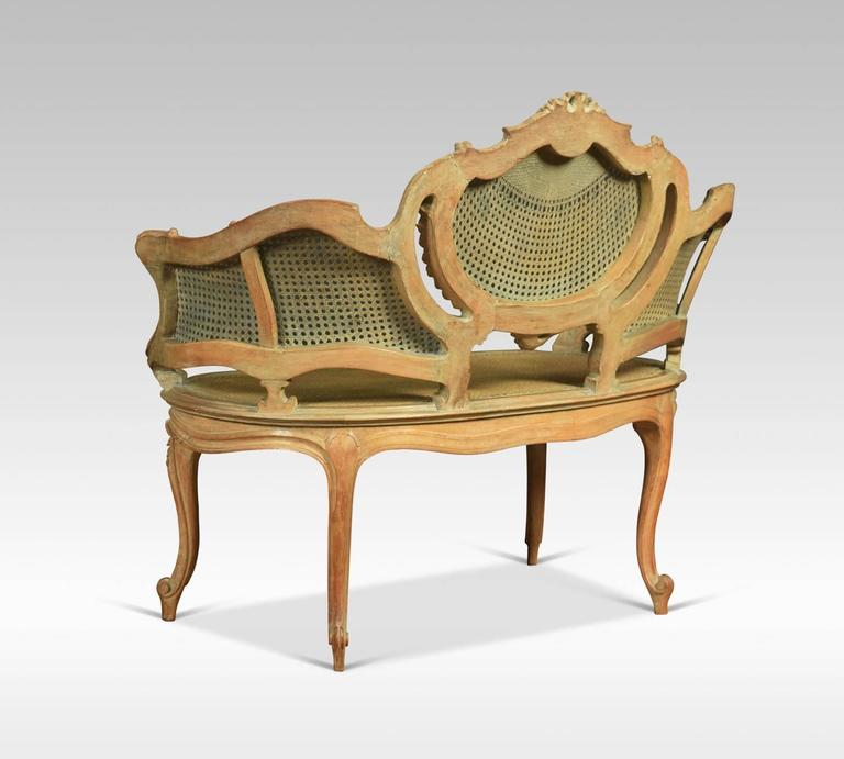 Louis xv style canap settee for sale at 1stdibs for Canape style louis xv