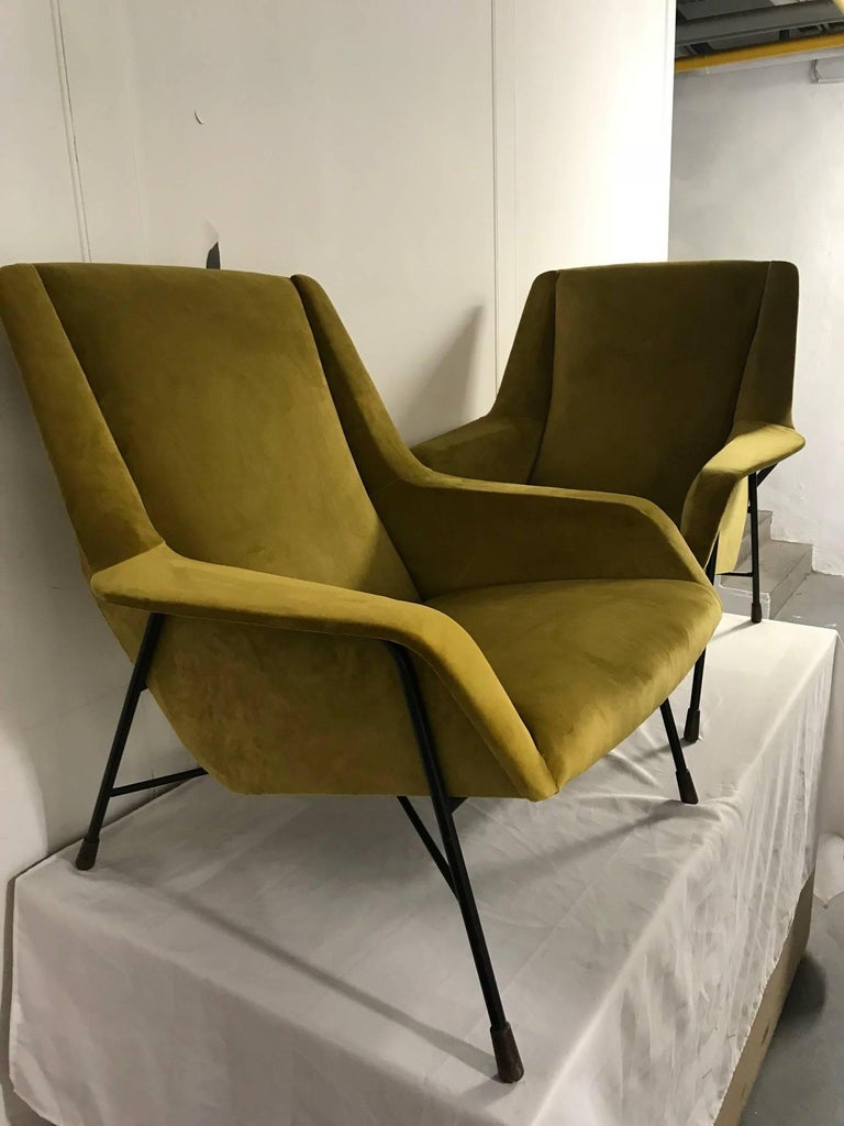 Mid-20th Century Pair of Italian Armchairs, 1960s For Sale