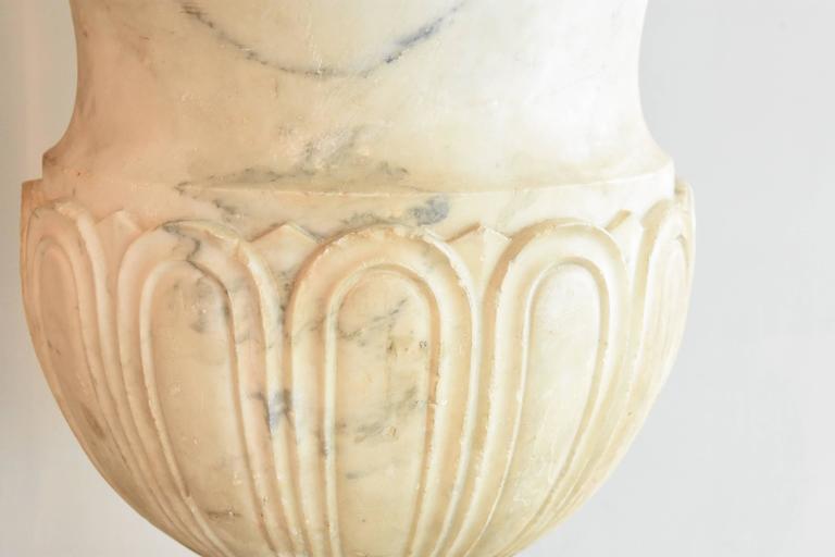 Italian 19th Century Carrara Marble Urns For Sale 1