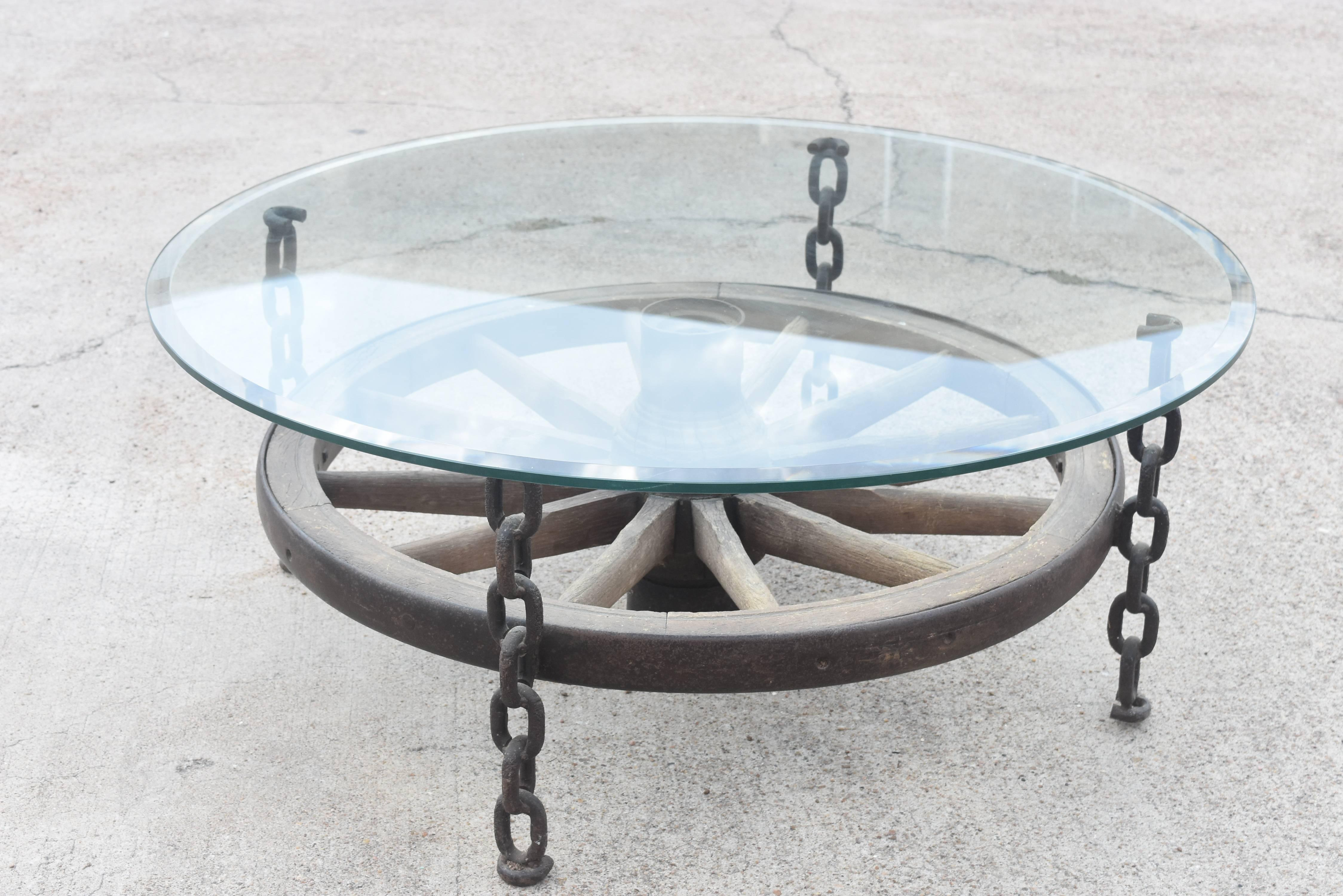 Turn Of The Century French Wagon Wheel Chain Link Leg Coffee Table With  Glass For Sale