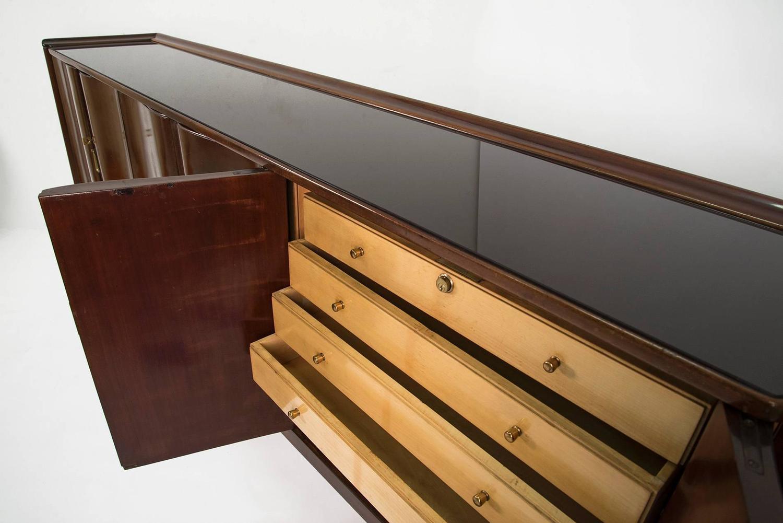 Elegant sideboard by osvaldo borsani for arredamenti for Damiano arredamenti
