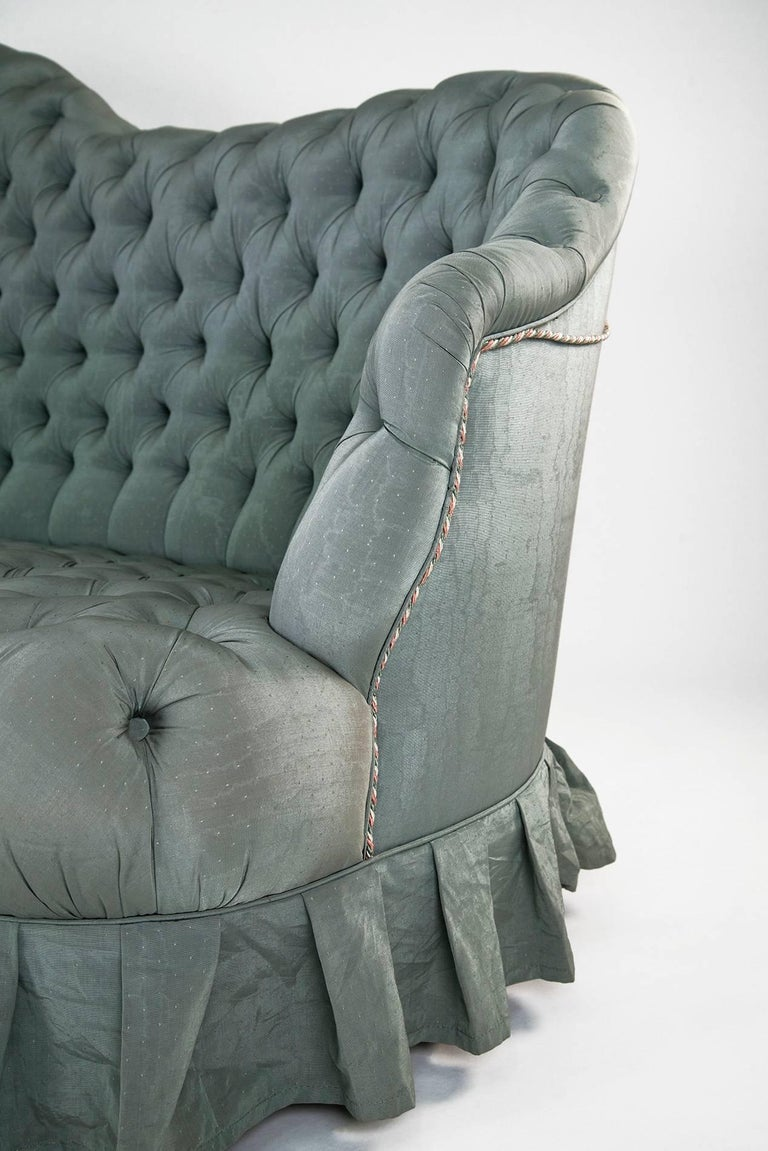 Mid-Century Modern Powder blue silk after Carlo Mollino Curved Capitonné Velvet Sofa, Italy, 1950s For Sale