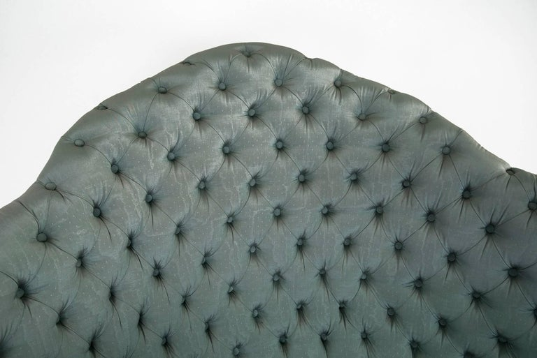 Powder blue silk after Carlo Mollino Curved Capitonné Velvet Sofa, Italy, 1950s For Sale 1