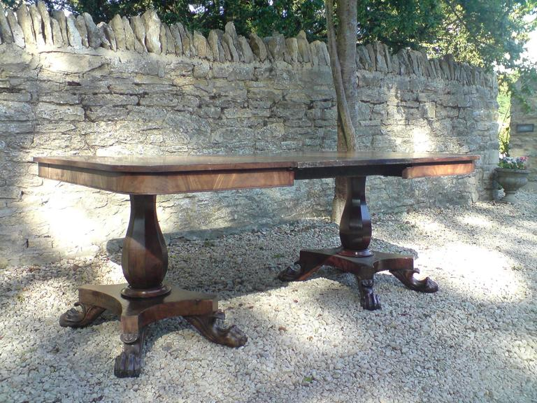 British Antique Twin Pedestal Dining Table, Mahogany, circa 1830 For Sale