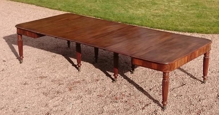 British 19th Century George iv Period Mahogany Antique Dining Table For Sale