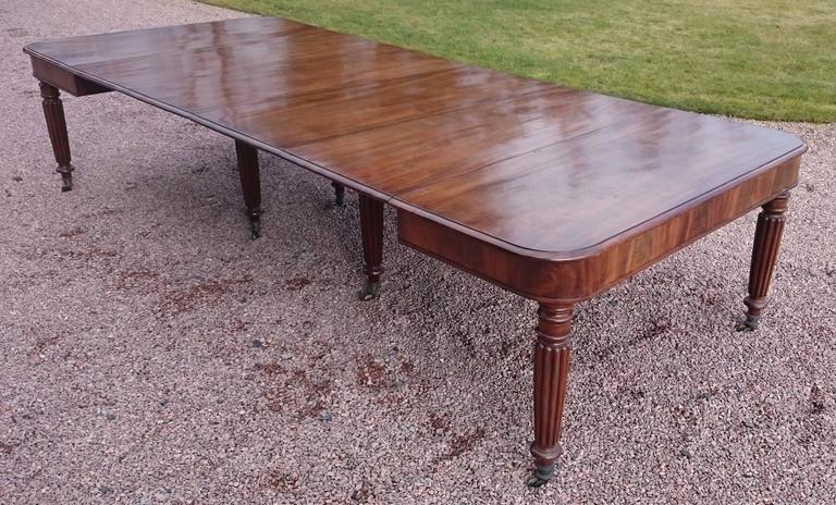 19th Century George iv Period Mahogany Antique Dining Table For Sale 2