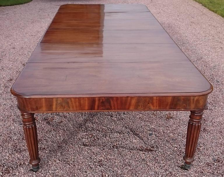 19th Century George iv Period Mahogany Antique Dining Table For Sale 3