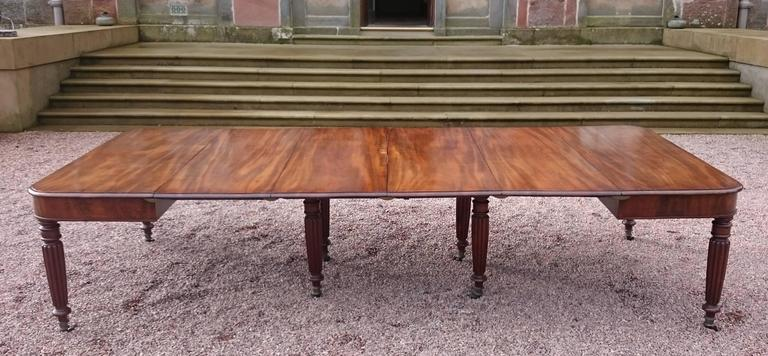 19th Century George iv Period Mahogany Antique Dining Table For Sale 4