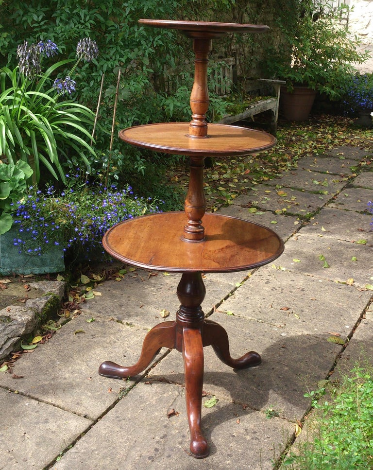 18th Century and Earlier 18th Century Mahogany George III Period Georgian Antique Tripod Dumb Waiter For Sale