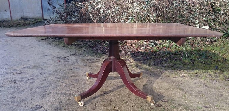 18th Century George III Period Mahogany Antique Breakfast Table For Sale 4