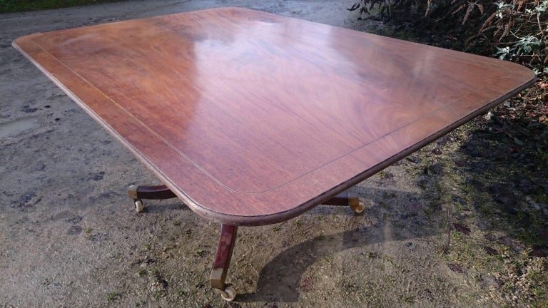 18th Century George III Period Mahogany Antique Breakfast Table For Sale 3
