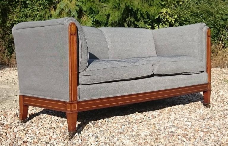 Siège De Duvet Sofa by Howard and Sons of London 2