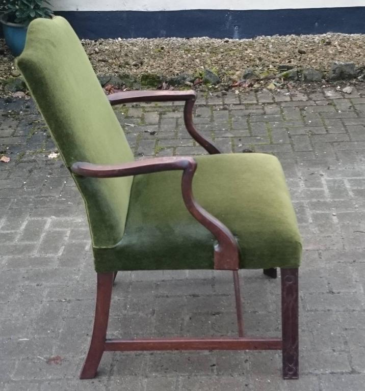 Mahogany 19th Century Gainsborough Library Chair in the Manner of Thomas Chippendale For Sale